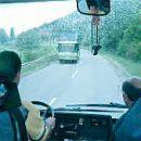 Шофьор се заби в автобус и загина на място