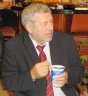 Бойкот в НДСВ, Щерев иска оставката на Симеон