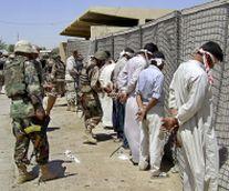 12 убити, сред тях министерски съветник с дъщеря му в Ирак