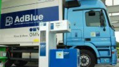 Б България със средна заплата може да се купи 454 л. бензин, в Сърбия 370 л.
