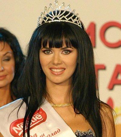 """Мисис България отсрами собственичката на """"Missis Globe"""""""