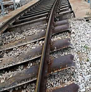 Смърт на двама блокира жп линия за 7 часа