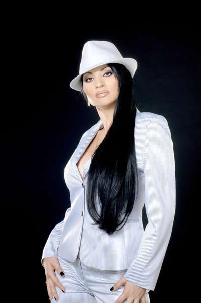 Софи Маринова записа хит на Лили Иванова на цигански