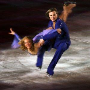 Денкова и Ставийски взеха златото на Скейт Америка