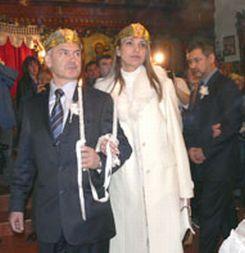 Отец Съръев венча Волен за Капка в Кърджали