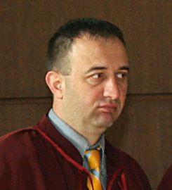 """Неизвестни лица виновни за скандала с """"царската болница"""""""