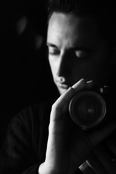 Половинка на дуета Стоян и Виктор грабна награда за снимки