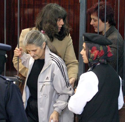 Калфин предвиди още година затвор за медиците в Либия