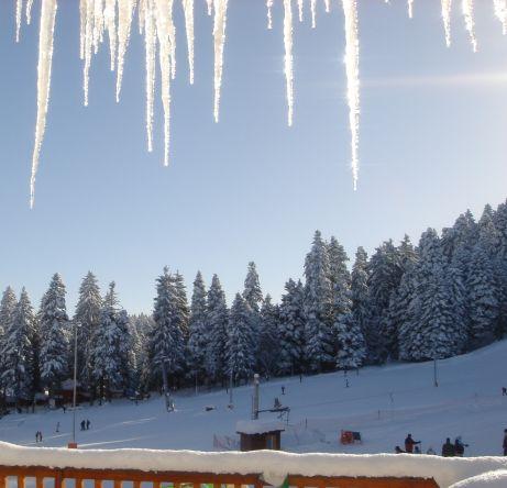 Слънчев Великден и много сняг в планините