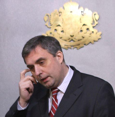 Калфин: Филчев беше посредствен посланик