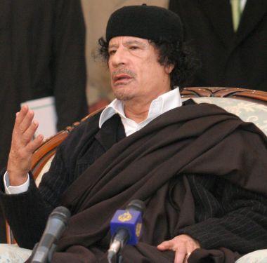 "Кадафи: Медиците - ""глупости без значение"""