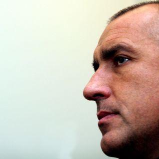 Борисов прибира до 5 бали в двора си