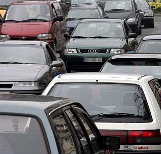 229 471 души живеят в Бургас, толкова са и колите