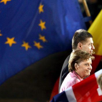 Барозу: ЕС ще се развива, но не към супердържава