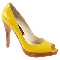 Дамските обувки на платформа са абсолютен хит за сезона