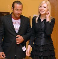 Митьо Крика и Нина Николова избират костюм за сватбата