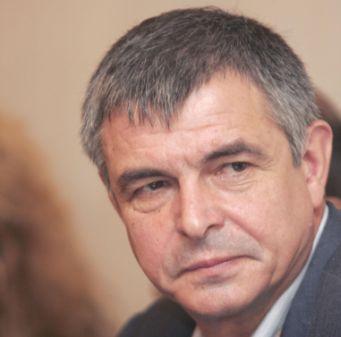 Софиянски се оттегля щастливо от политиката