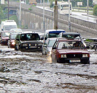 Порои потопиха Пловдивско и Пазарджишкo