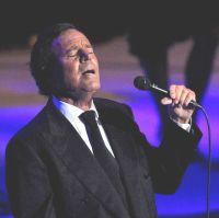 Хулио Иглесиас идва за концерт в България