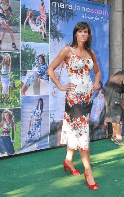 Теди Велинова показа облеклата на испанска модна марка