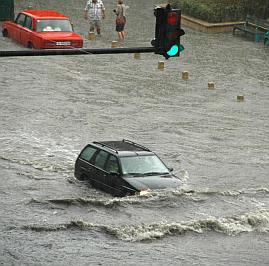 Студ и валежи в цяла България