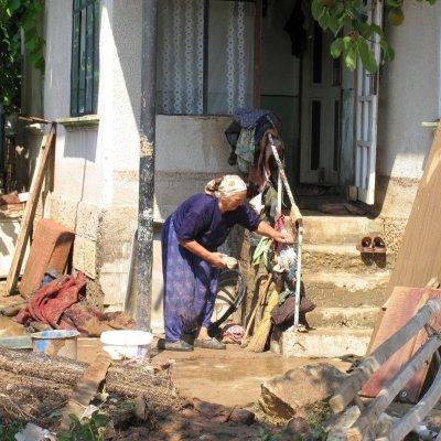 11 дни след потопа Мустафа вдигна сватба