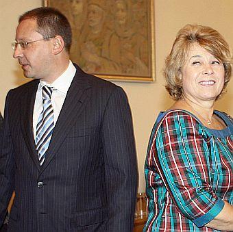 Масларова обеща максимална пенсия от 700 лв.