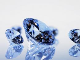 Кола и визита на диамантена борса са наградите от Lux Only