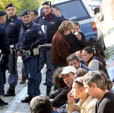 Румъния праща роми в консулствата си