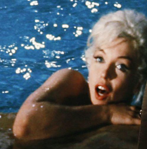 Голи снимки на Мерилин Монро представя Лорънс Шилър у нас