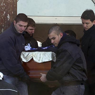 Стотици изпратиха убития Андрей Монов
