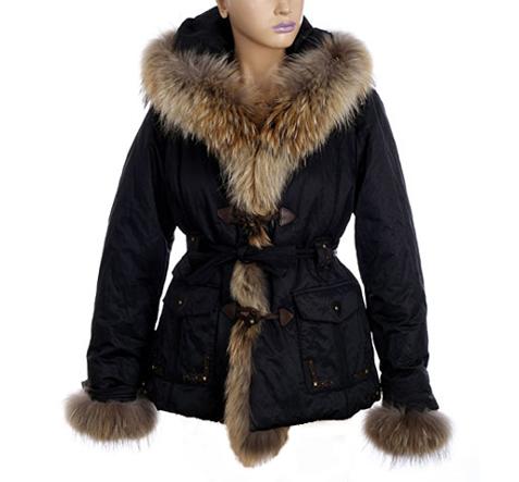 Какви якета и палта да изберем за снежните зимни дни