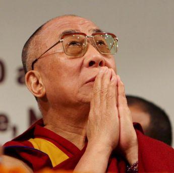 Китай призова Обама да не се среща с Далай Лама