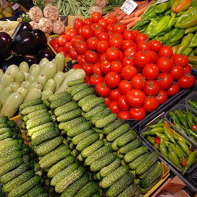 Плодове и зеленчуци поевтиняват на едро