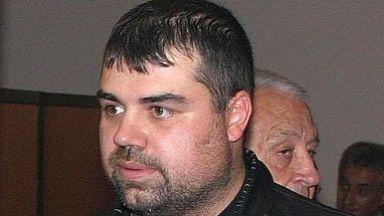 Студени досиета: Показен разстрел за писателя на мутрите
