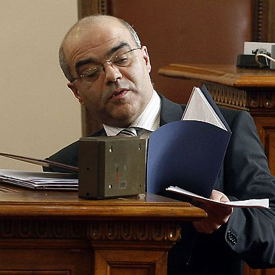 Прокурори и полицаи се обясняват за Стоев