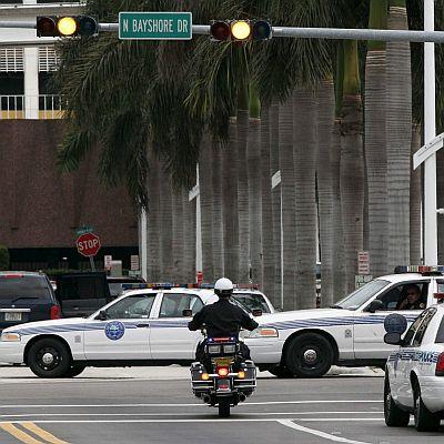 Американец уби 5-ма и рани 15 във фитнес-клуб