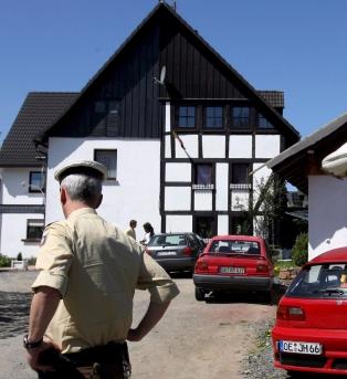 Германка замразила трите си бебета