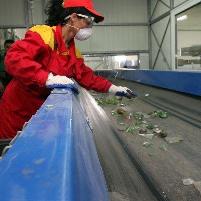 Бизнесът прави над 50% от отпадъците