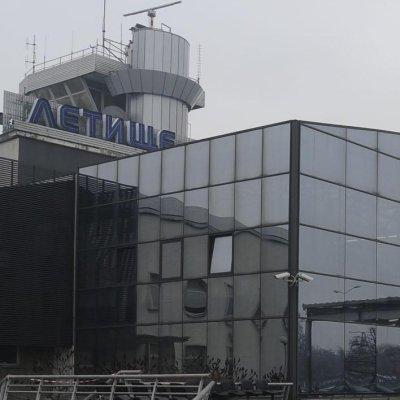 Нов сигнал за непроверени пътници на Летище София