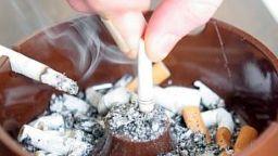 """""""Часовник на смъртта"""" брои жертвите на тютюна"""