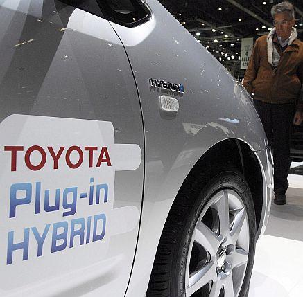 """Продажбите на """"Тойота"""" все пак нараснаха"""