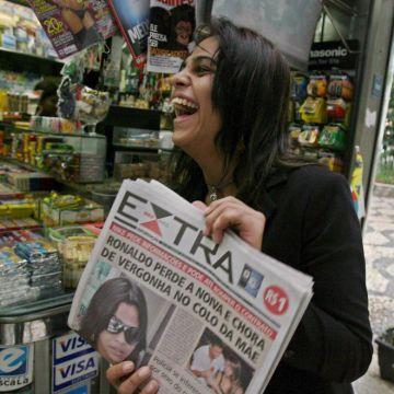 Затвор за публикации на телефонно подслушване