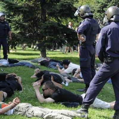 Десетки в ареста след гей парада в София