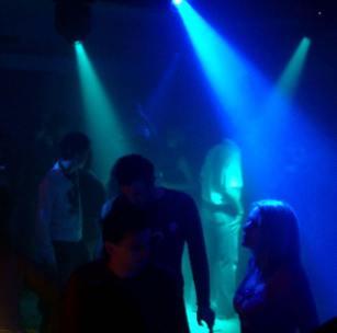 Ловят непълнолетни в нощни клубове в София