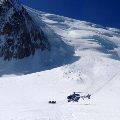 Наш алпинист качва Монблан с инвалидна количка