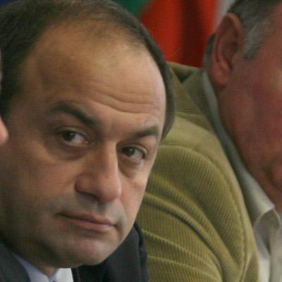 КНСБ настоя за отмяна на плоския данък