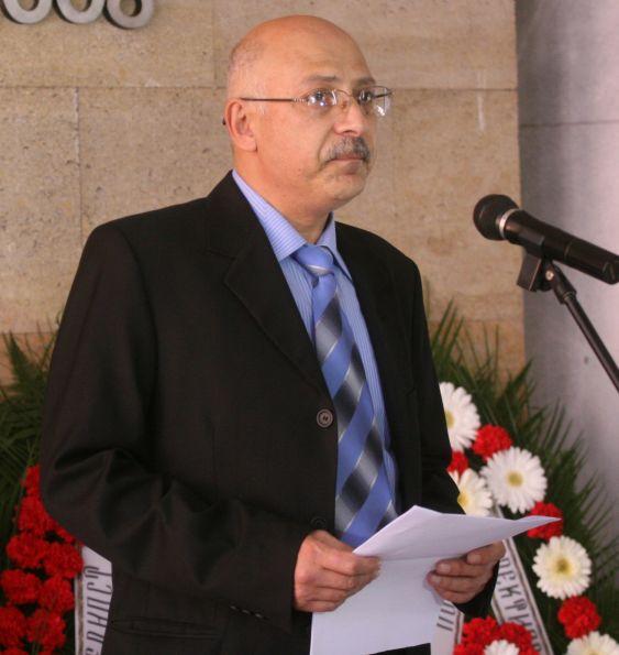 Патоанатом: Може да са принудили проф. Раданов да се самоубие
