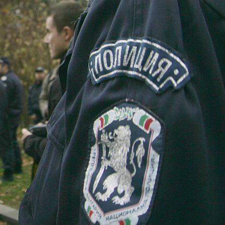 Рецидивист с 10 присъди счупи пръстите на полицай