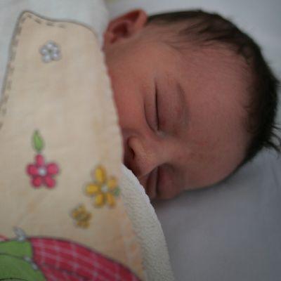 Бебе гигант се роди в пловдивска болница